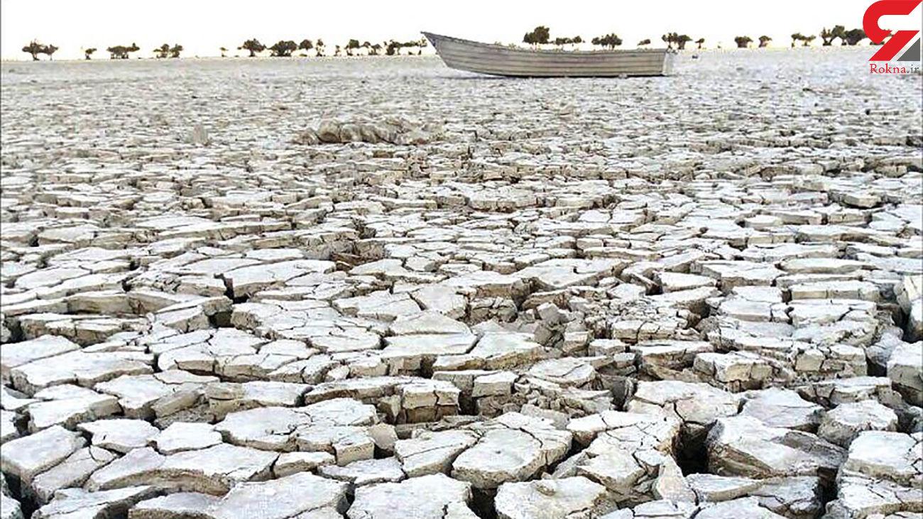 تالاب هورالعظیم را برای استخراج نفت خشک کردند ! / صنعت ، آب استان ها را بلعید !