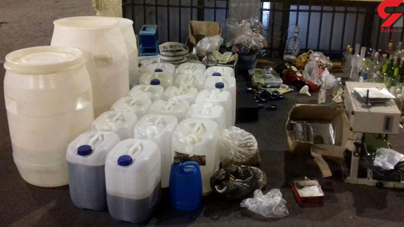 کشف بیش از 350 لیتر مشروبات الکلی دست ساز در آبادان