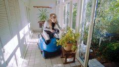 صندلی چرخدار رباتیک برای کمک به معلولان+ فیلم