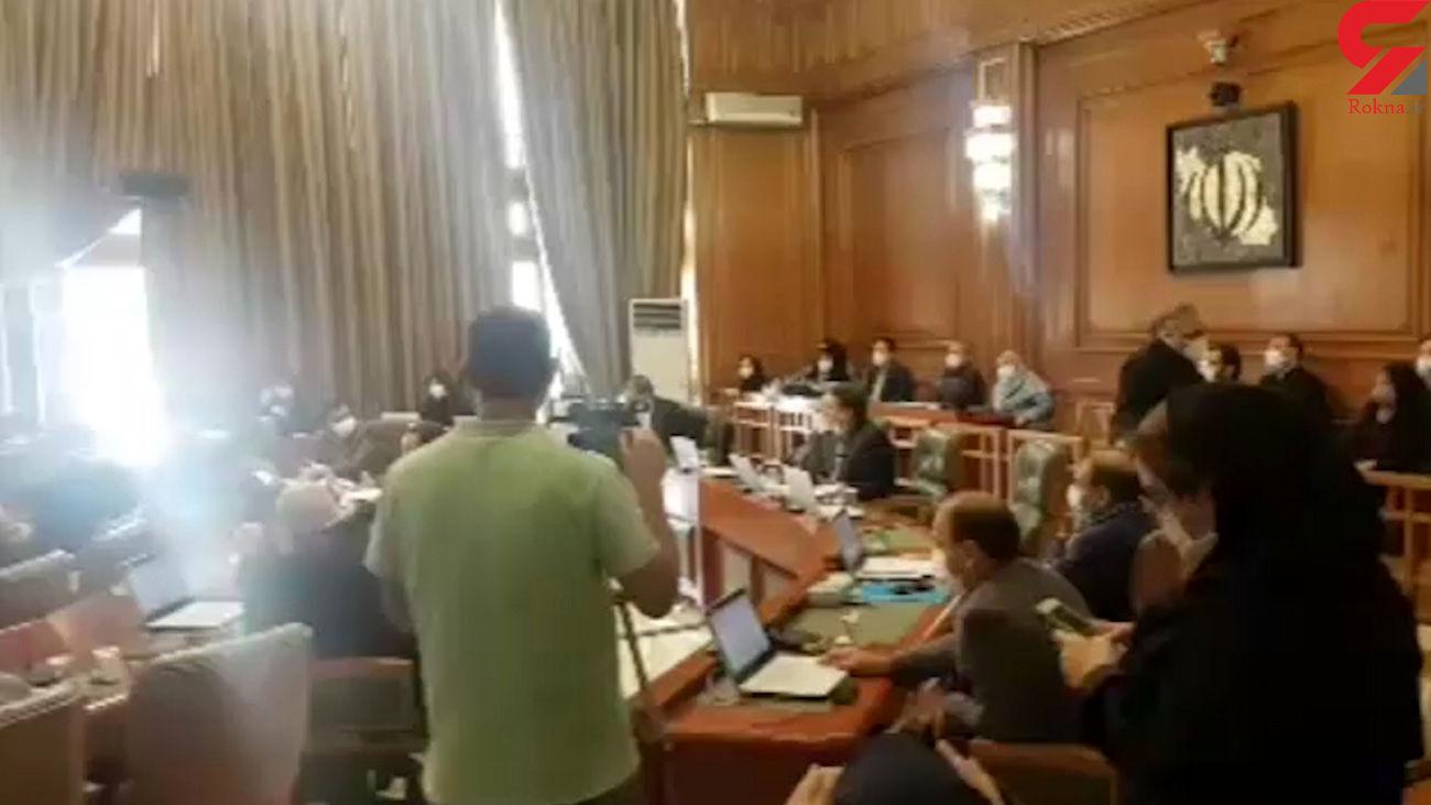 جر و بحث در شورای شهر تهران / هاشمی در برابر عصبانیت سالاری+ فیلم
