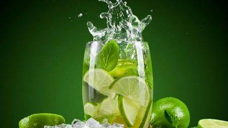 مبارزه با تشنگی در ماه رمضان/نوشیدنی های ضد عطش