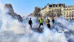 عکس / تظاهرات هولناک در فرانسه به خاطر افزایش قیمت سوخت / 400 تن زخمی شدند
