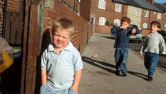 کودکان، ماموران مخفی در انگلیس