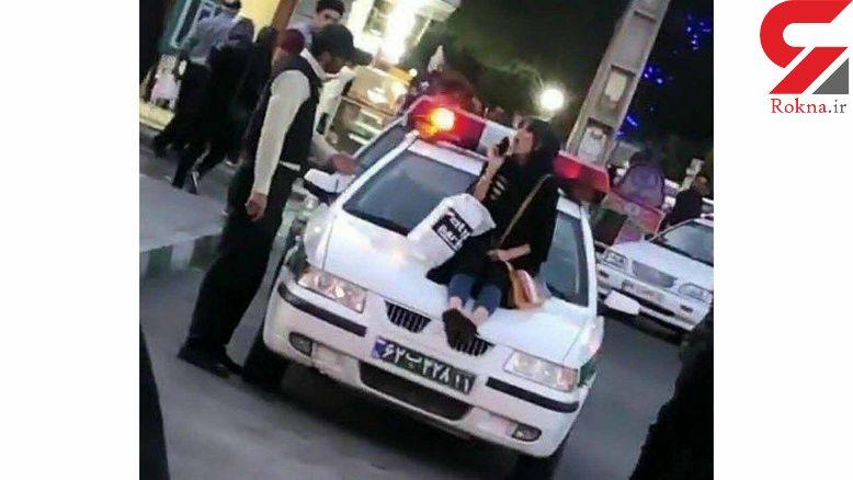 اولین فیلم اعتراف خانم دکتری که روی ماشین پلیس ارومیه نشست + عکس