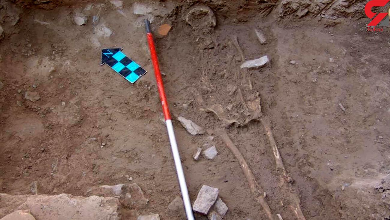 راز ناگفته از خاکسپاری عجیب دختر 13 ساله در تپه های اصفهان + عکس
