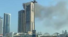فیلم آتشسوزی برج معروف در امارات