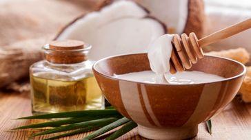 درمان ریزش مو با معجزه روغن های گیاهی