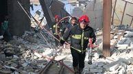 فیلم لحظه آتش گرفتن یک هتل اطراف حرم امام رضا(ع) + عکس