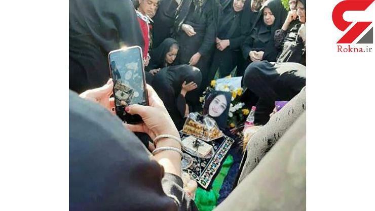 در مراسم هفتم درگذشت سحر خدایاری چه گذشت؟ گزارش یک خبرنگار + فیلم و عکس