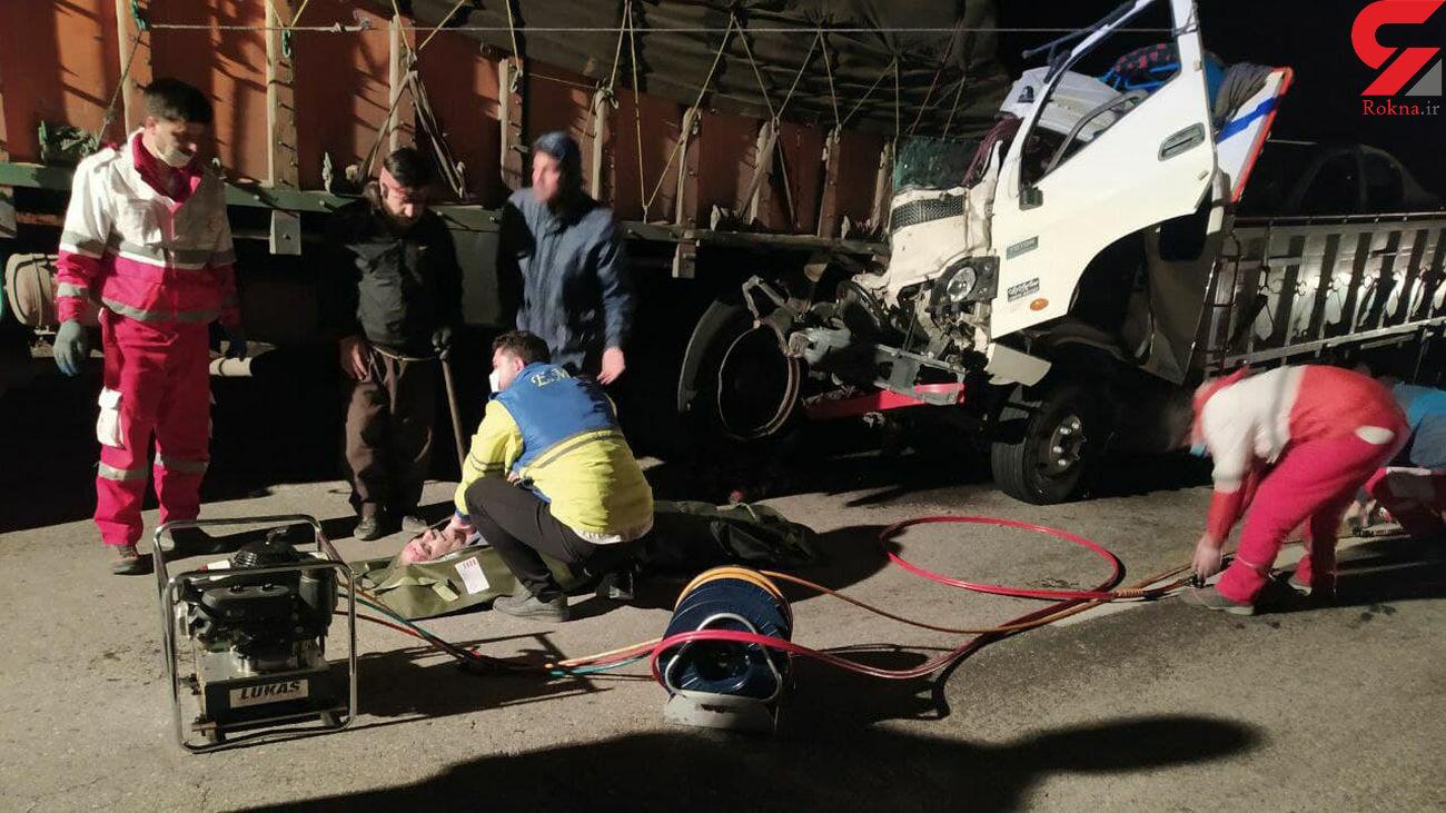 برخورد مرگبار خودروی ایسوزو و بنز شش چرخ در جاده هشترود