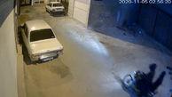 لحظه آتش زدن خودرو پیکان توسط دو موتور سوار نقابدار در اسدآباد همدان + فیلم
