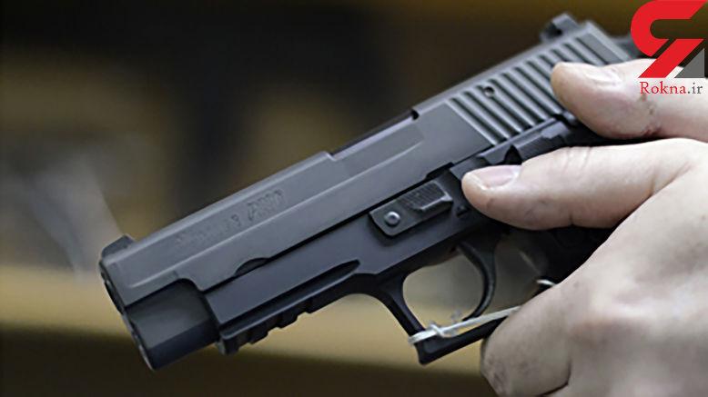 شیوع کرونا موجب افزایش فروش سلاح در آمریکا شد