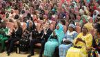 دیدار ماکرون با ۴۰۰ زن در کاخ زنان +عکس