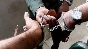 دستگیری 2 سارق حرفه ای در صحنه سرقت