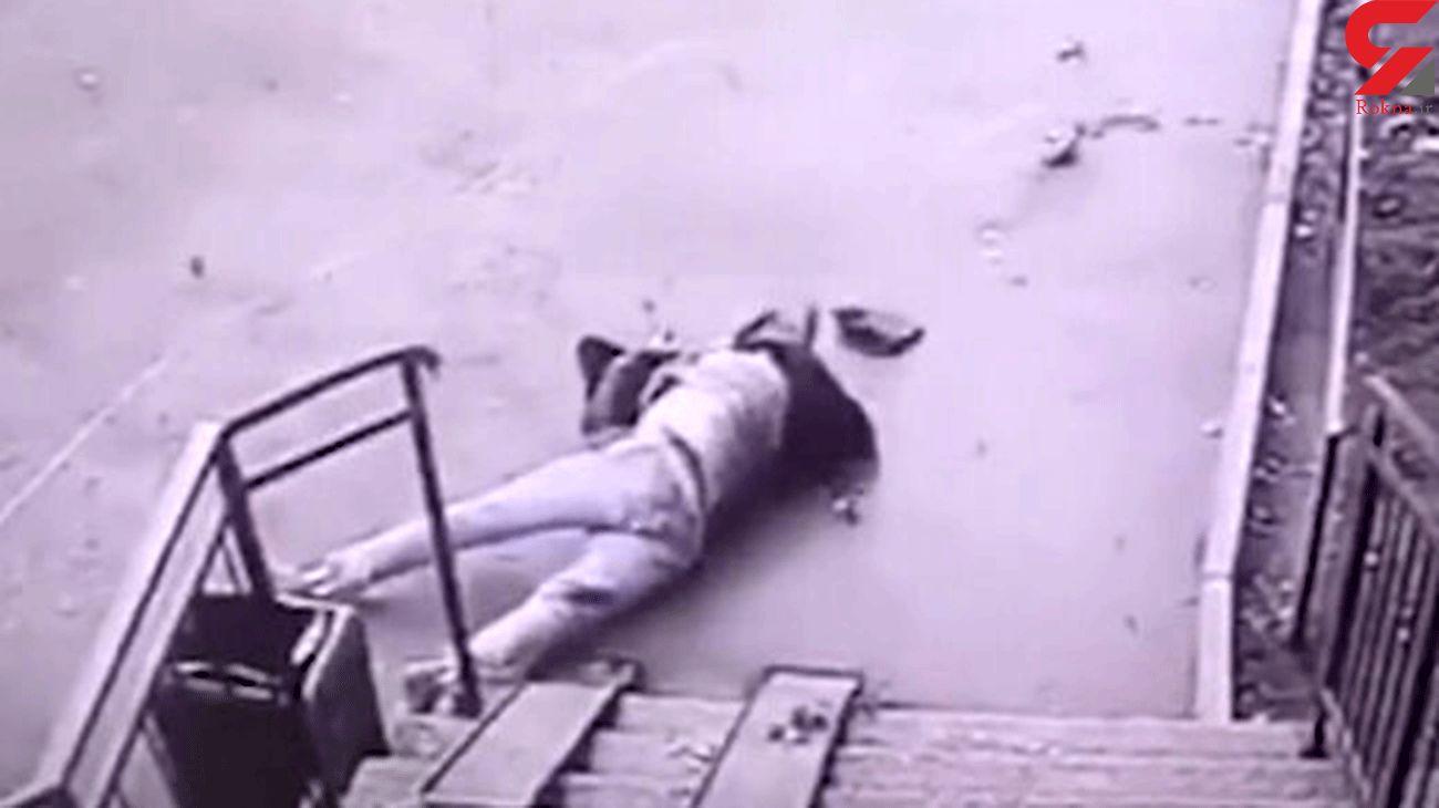 فیلم لحظه خودکشی جوان ۲۱ ساله از طبقه هفدهم یک ساختمان