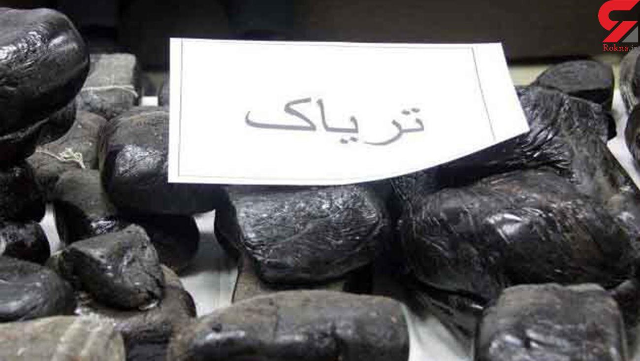 توقیف خودرو حامل 100 کیلو تریاک در نوشهر