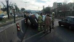 برخورد دو خودروی سواری با یکدیگر حادثه آفرید