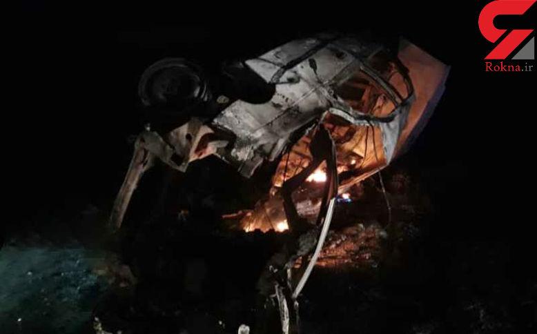زنده زنده سوختن 2 سرنشین پژو در انفجار وحشتناک / در قلعه گنج رخ داد