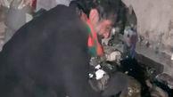 فیلم لحظه مرگ زن زاهدانی در خانه اش از سرمازدگی / آنها سهمیه نفت نداشتند +  گفتگوی اختصاصی