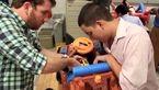 اسباب بازی های سفارشی هدیه کودکان معلول در شب کریسمس+عکس