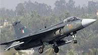سقوط جنگنده هندی در دریای عرب / خلبان ناپدید شد
