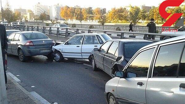 یک کشته و 2 مصدوم در تصادف 5 خودرو در البرز