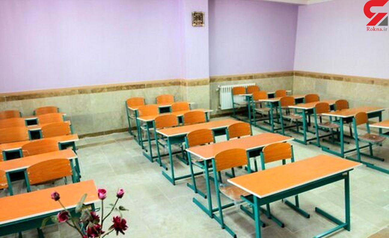 کمبود فضای آموزشی در منطقه تبادکان تبدیل به یک معضل شده است