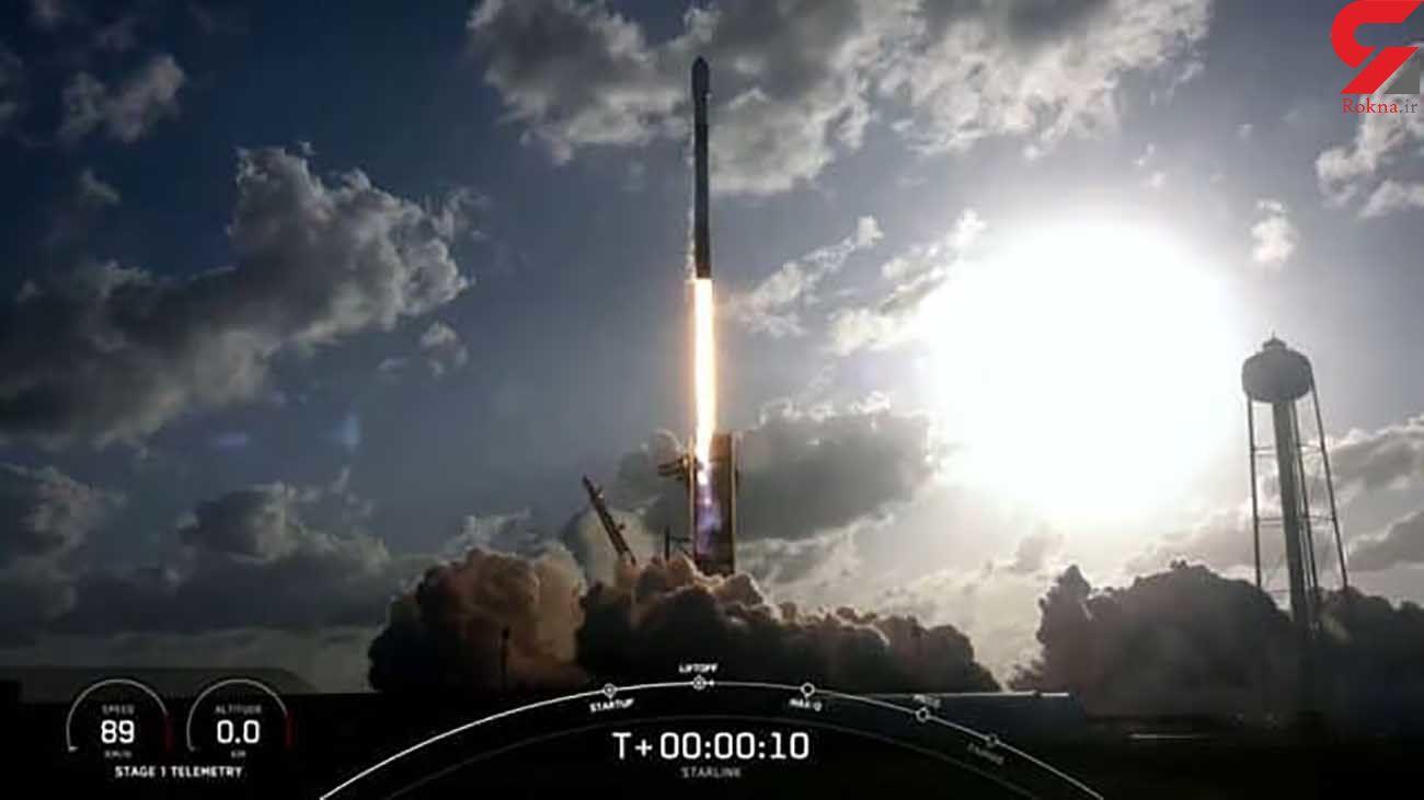 فرود موشک فالکون 9 با 2 مهمان روی اقیانوس + فیلم