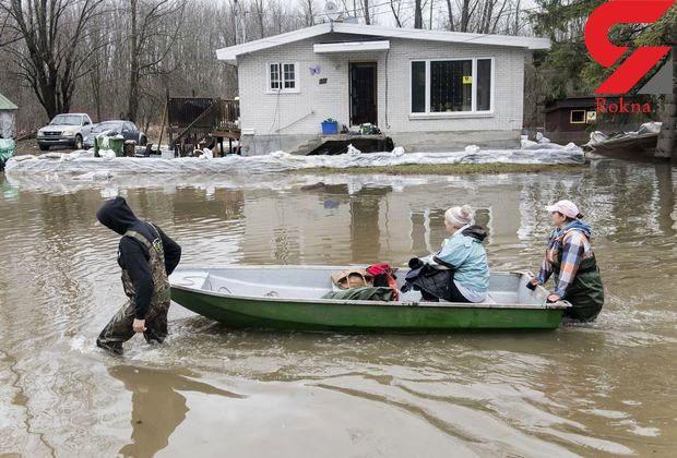 سیلاب کاناداییها را مجبور به فرار با قایق کرد