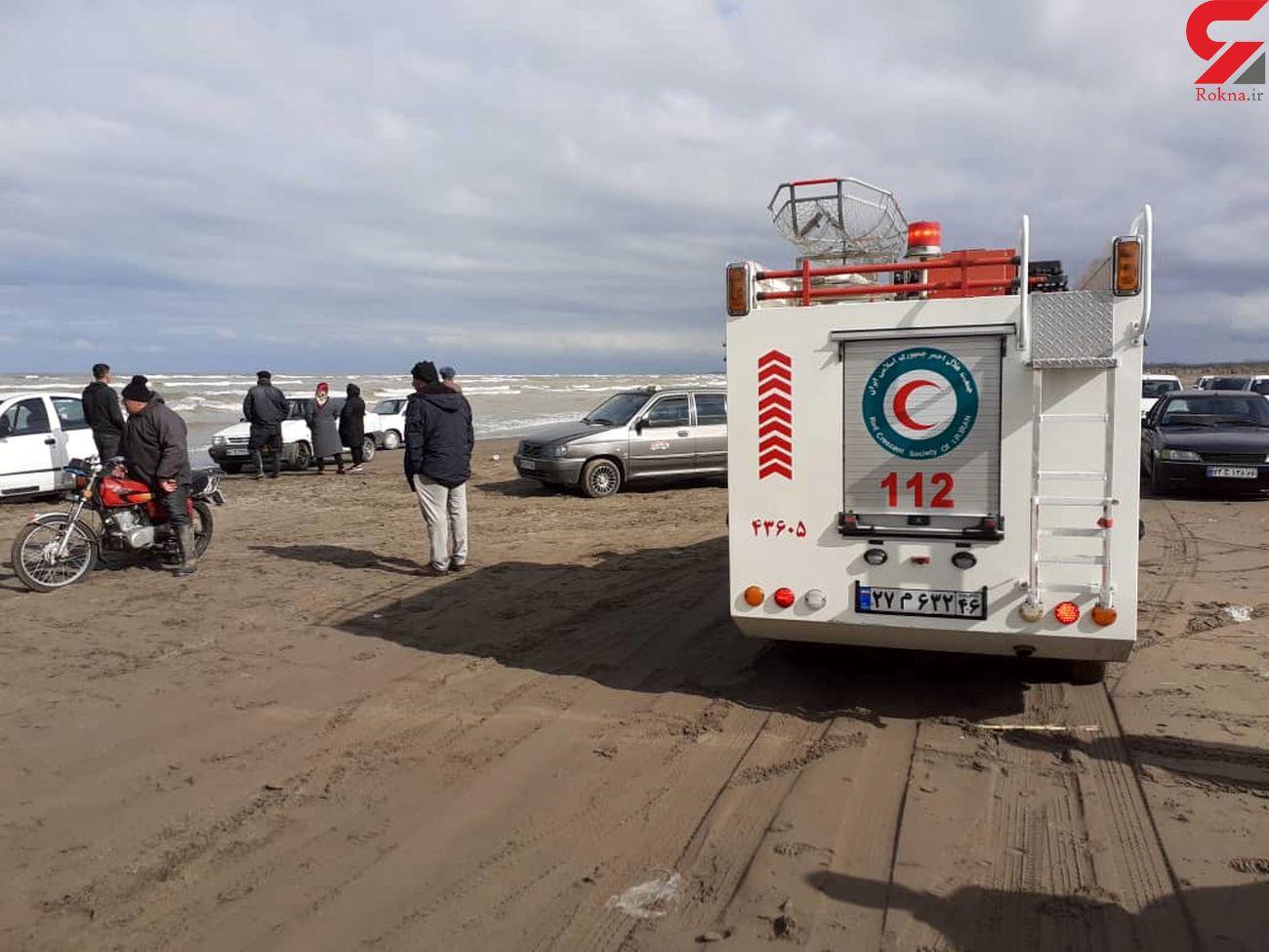 واژگونی یک شناور در محور کیاشهر به دستک