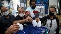 اعتراض مردم در صف رأی / تمهید نامناسب شرایط اخذ رای در مناطق متعدد توسط وزارت کشور