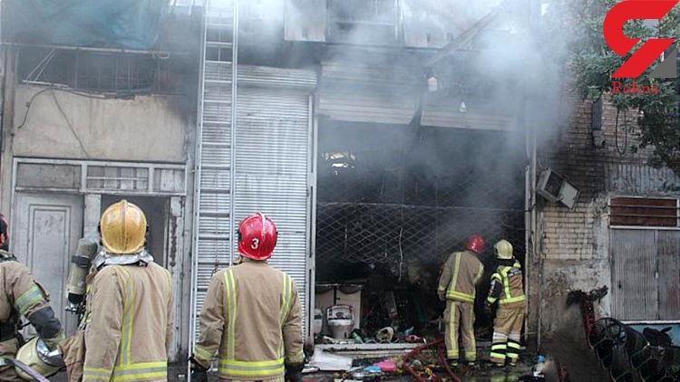 فروشگاه تأسیسات ساختمانی در آتش سوخت