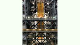 مقایسه ارتفاع موشک ناسا و تندیس آزادی + فیلم