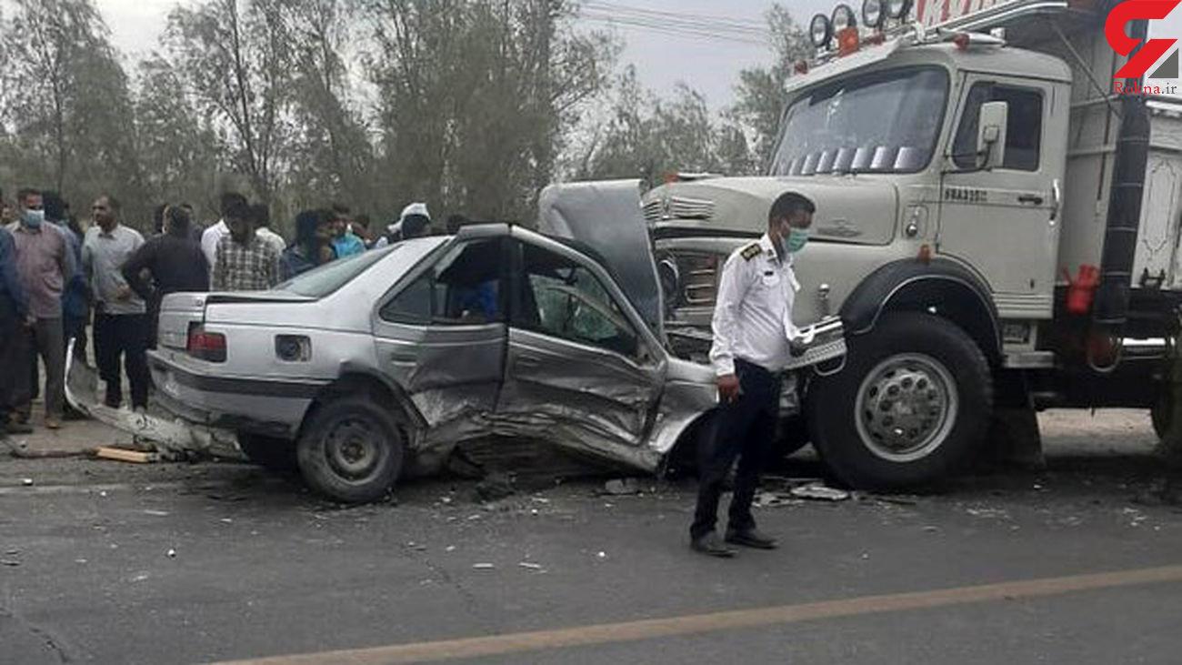 حادثه برای 8 زن و مرد در بم! + عکس
