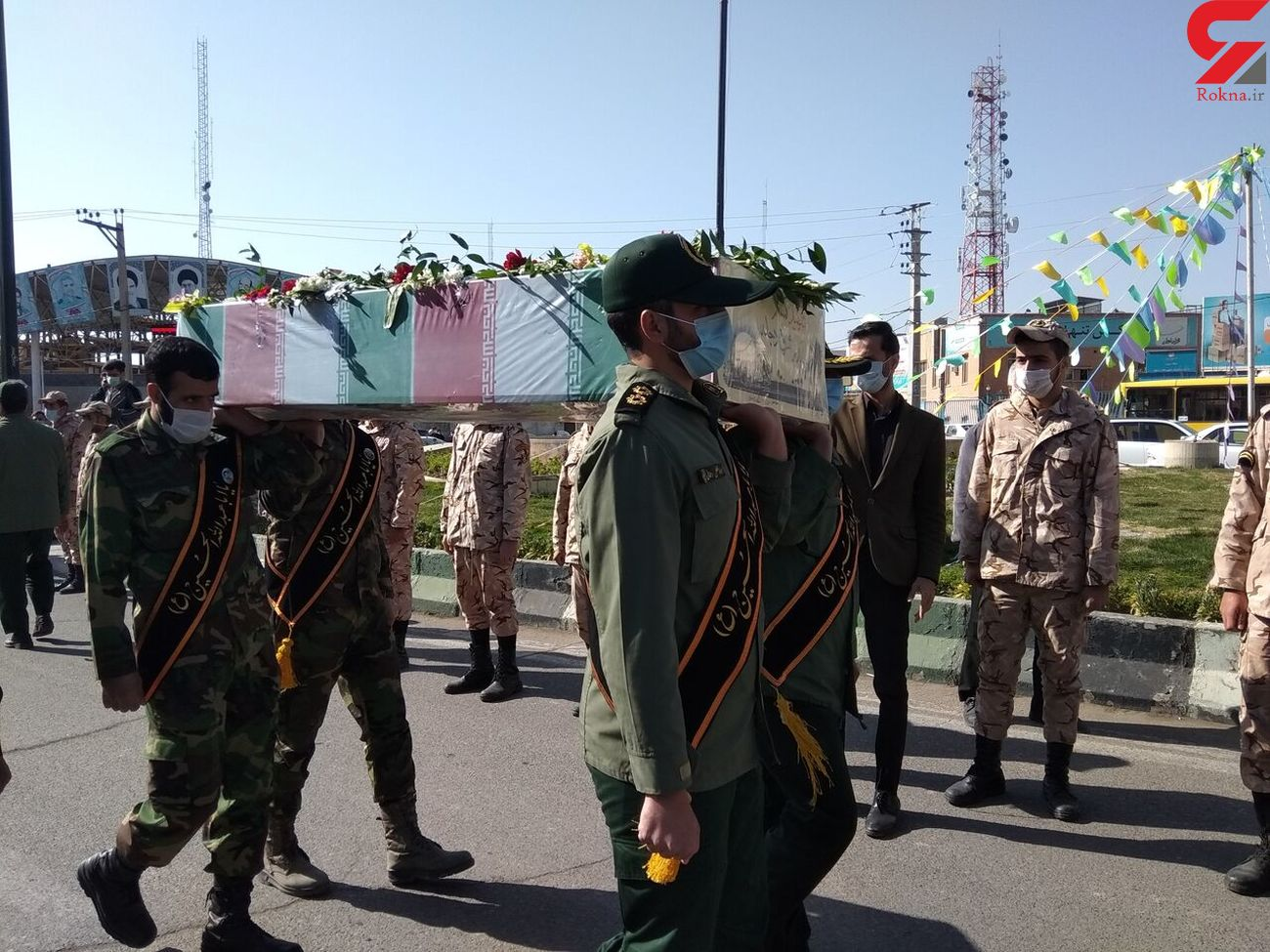 تشییع پیکر پاک یک شهید گمنام در بروجرد