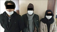 عکس های عجیب از 2 مرد و یک زن جوان که داخل پراید دستگیر شدند