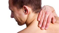 گردن درد نشانه چه بیماری است؟