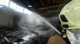 آتش سوزی کارگاه 700 متری در جاده ساوه + فیلم و عکس