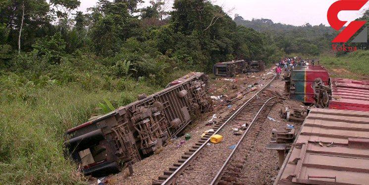 50 کشته در خروج قطار از ریل+ عکس