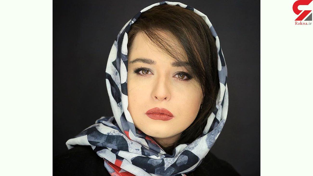 """ژست پرحرف و حدیث """"مهراوه شریفی نیا"""" در کنار آقای کارگردان/ عکس"""