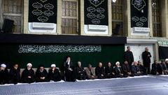 احمدی نژاد در مراسم عزای حسینی به میزبانی رهبر انقلاب + عکس