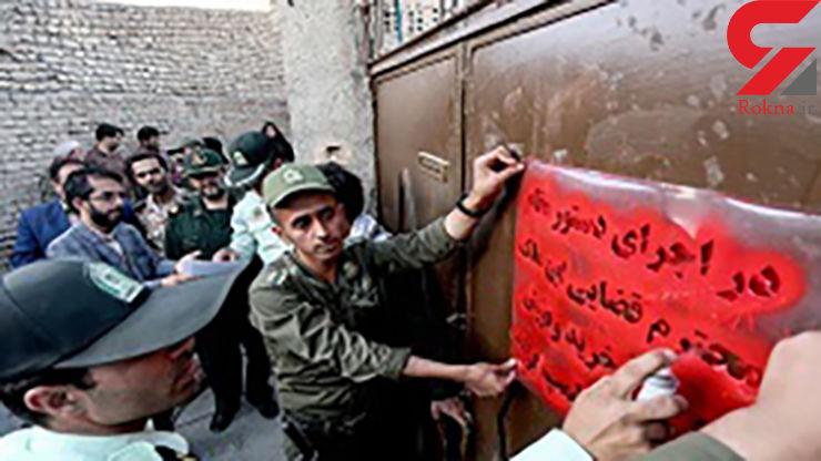 17 زن و مرد خلاف کار در خانه هایشان توسط پلیس مشهد غافلگیر شدند