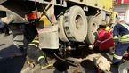 له شدن موتور سوار زیر چرخ های کامیون در جاده ورامین+تصاویر