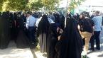 اعتراض خانوادههای فاقد مدارک هویتی در  مقابل مجلس+عکس