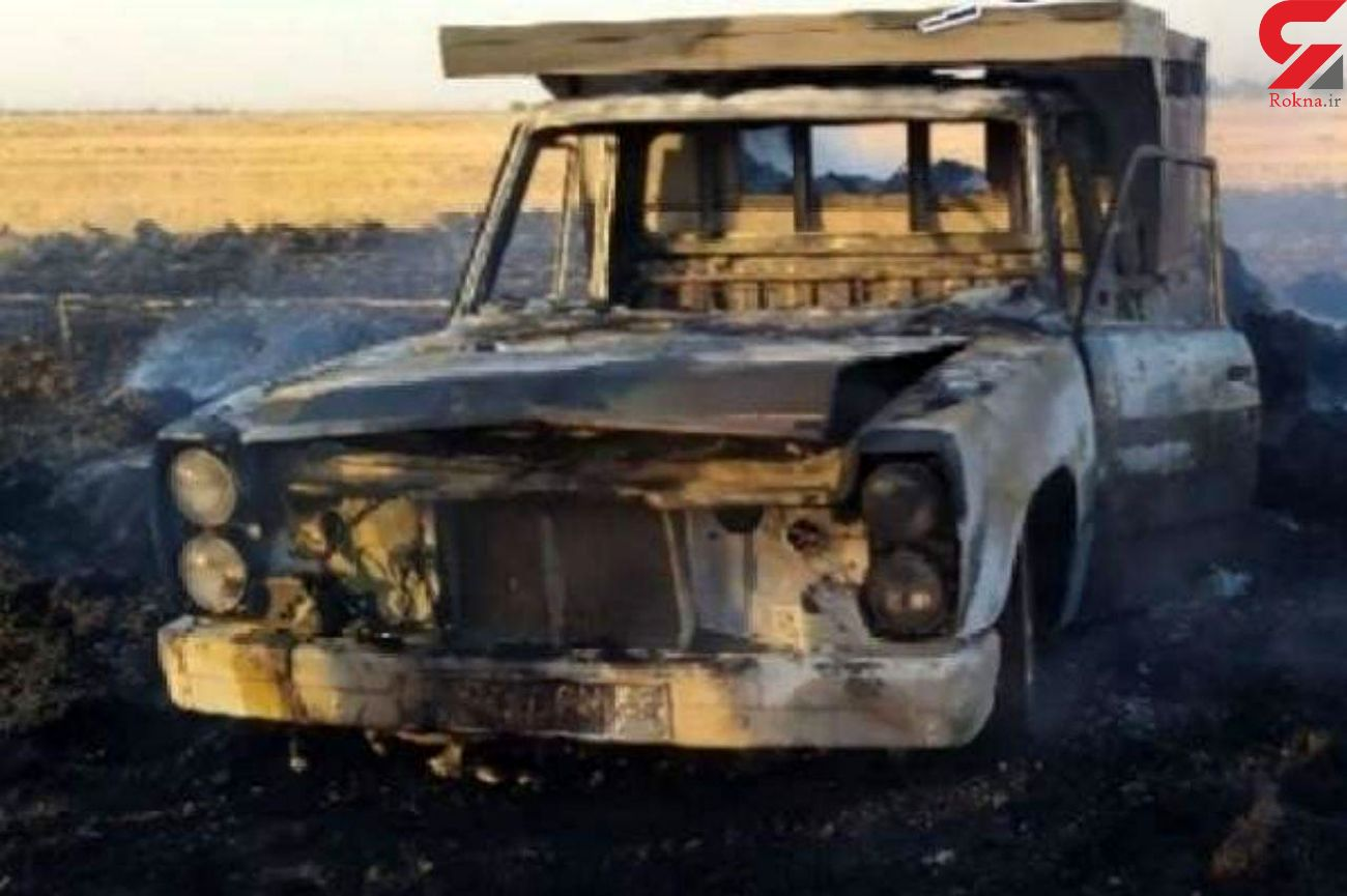 یک دستگاه نیسان حامل کاه در آتش سوخت