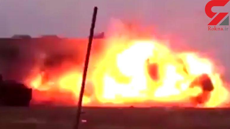 لحظۀ انفجار یک داعشی در برابر دوربین! + فیلم