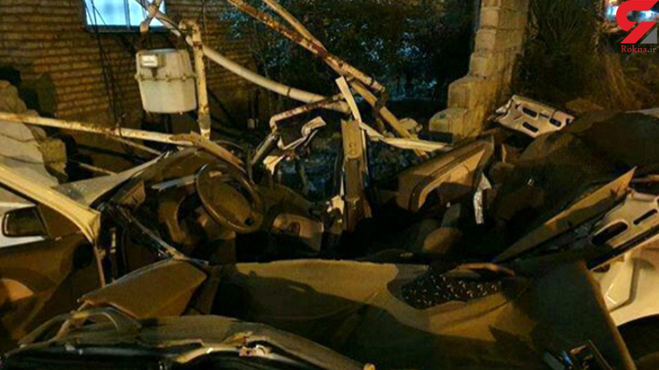 مرگ دلخراش 2 جوان پژو سوار در برخورد با دیوار  / در گیلان رخ داد