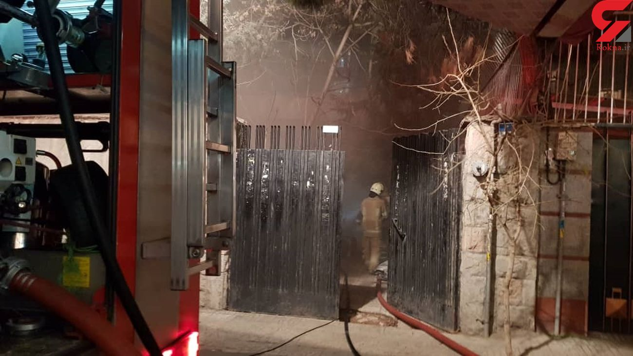 نجات 2 پیرمرد از محاصره آتش و دود / در خیابان سهروردی تهران رخ داد + فیلم و عکس