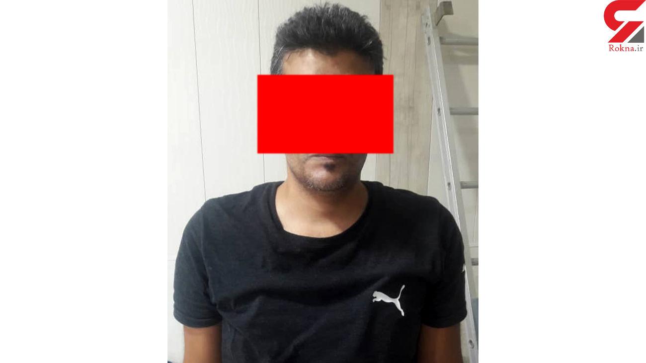 دستگیری سارق داخل خودرو لحظه سرقت در آبادان + عکس