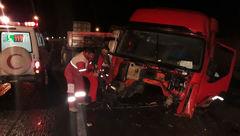 2 تصادف زنجیره ای در جاده گرمسار 13 مصدوم برجا گذاشت